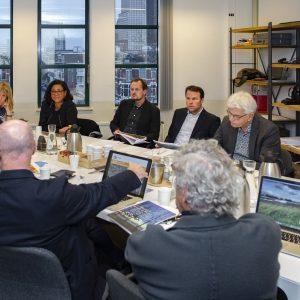 deskundigen in gesprek bij STAD consult gebiedsagenda laakhaven