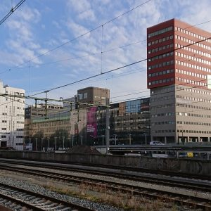 hoogbouw bij station Hollands Spoor