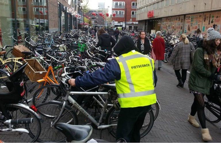 geparkeerde fietsen in Grote Marktstraat